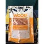Pamlsok Woolf Dog Chicken and Seafood 100 g